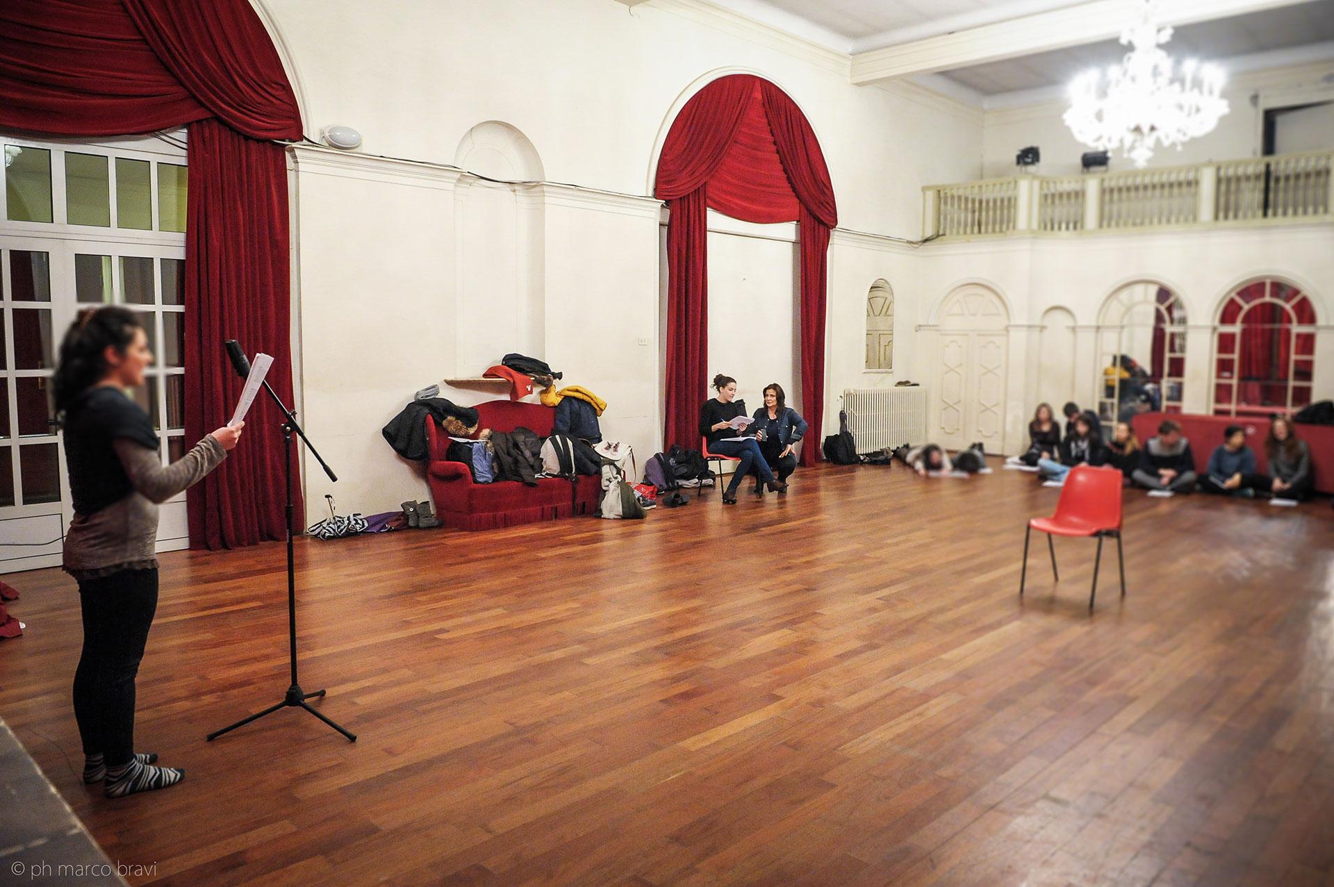 Foyer-Piccolo-Teatro-di-Giulietta-Lezione-